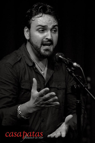 Gabriel de la Tomasa al cante. Foto: Martín Guerrero