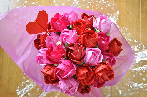 Paper Flowers 79 Photos | valentine roses | 343