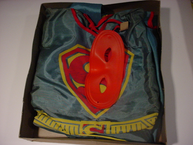 superman_1966supergirlcostume2