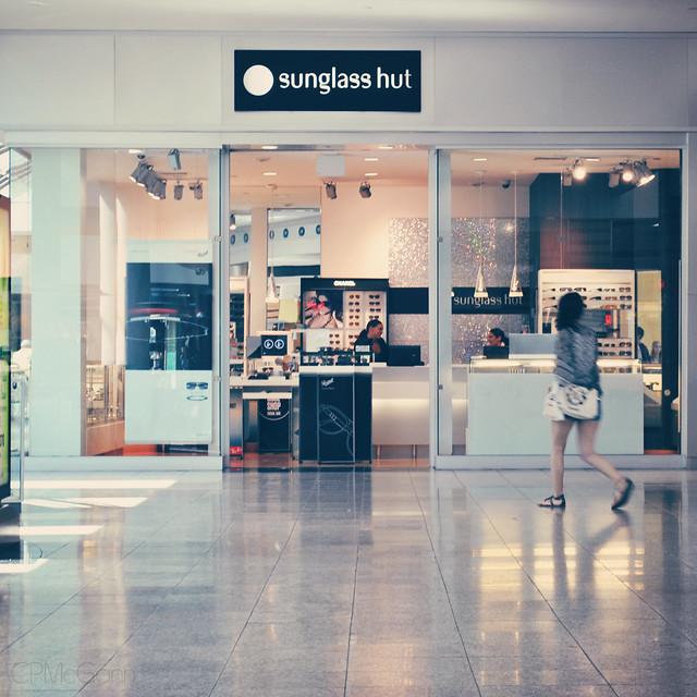 Sunglass Hut Fashion Show Mall