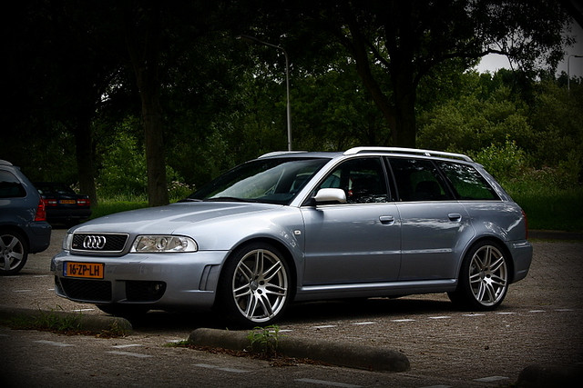 audi rs4 avant b5 this anonymous audi rs4 avant b5 i spotted at ...