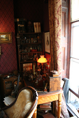Sherlock Holmes' sitting room by firepile