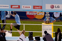El Ruso Perez subiendo al estrado | La Copa | 110724-9387-jikatu