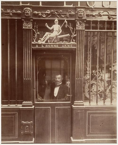 Cabaret de l'homme arme, 25 rue des Blancs-Manteaux, Paris, 1900, by Eugène Atget