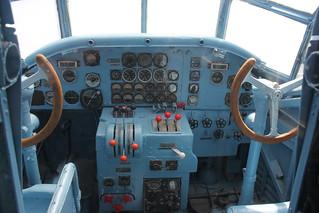 Cockpit: Tante Ju