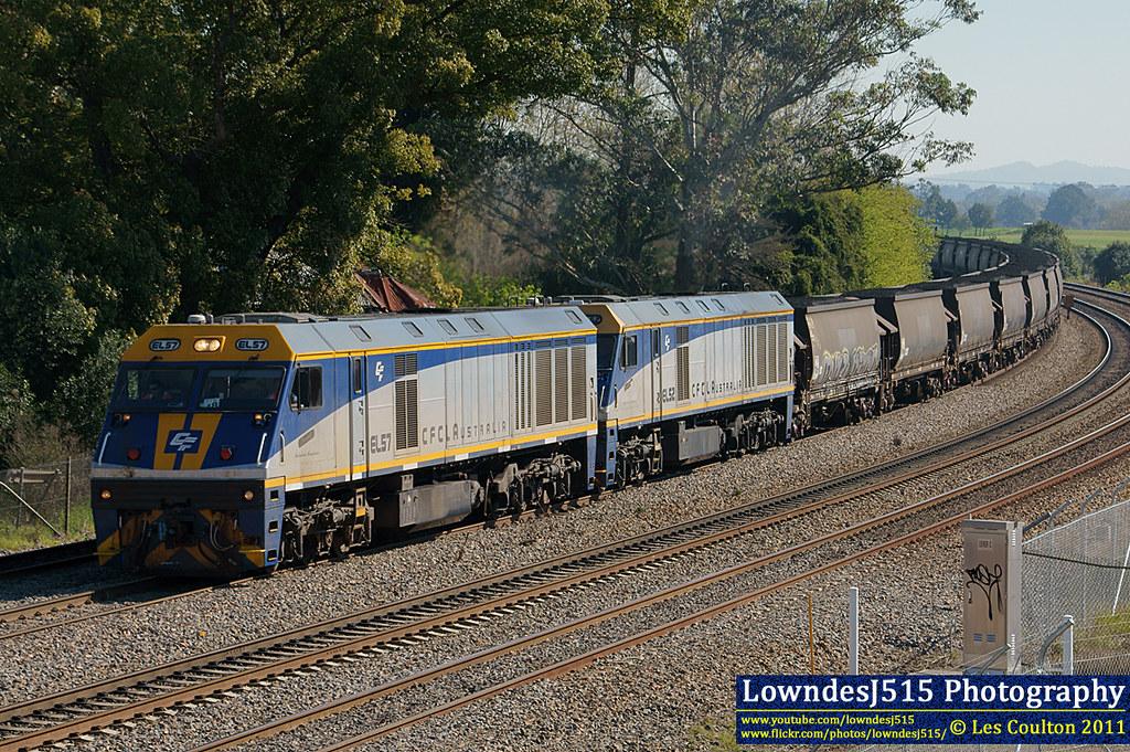 EL57 & EL52 at East Maitland by LowndesJ515