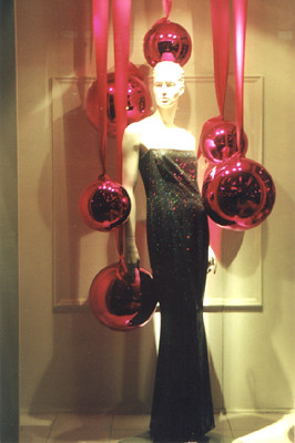 Holiday Window Display Shop Studios Escada