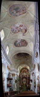 Mariahilfer Kirche interior