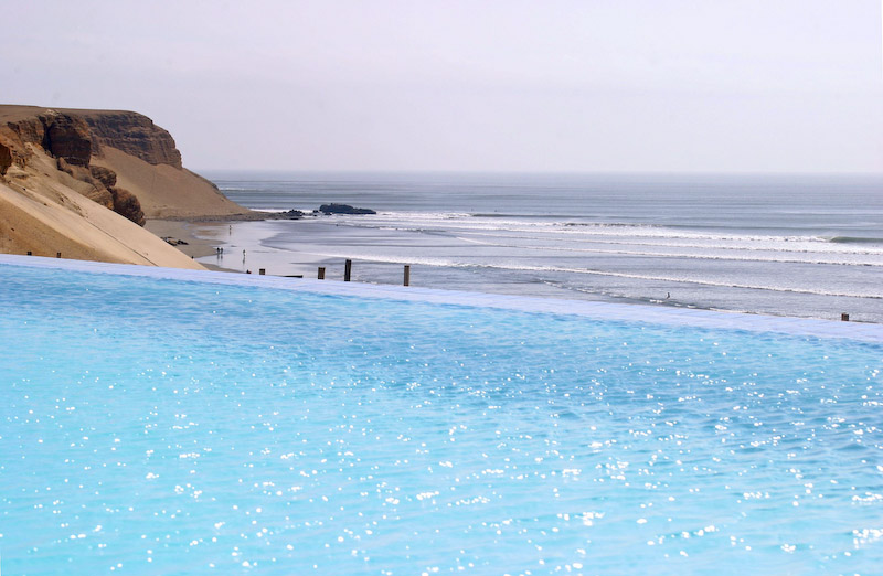 piscina_ Chicama Surf Resort, Surf Chicama, Peru Surf Resort