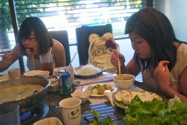 #604insomnia AYCE Tweetup | Claypot Restaurant
