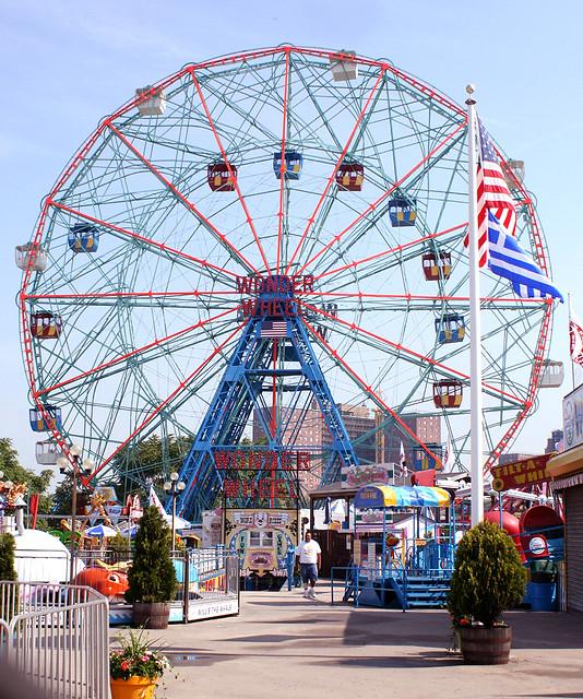 WONDER WHEEL, Coney Island, Brooklyn, New York, USA. June, 2011