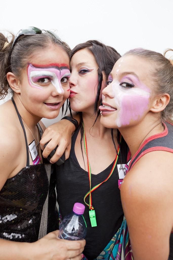 Real teen lesbians tongue