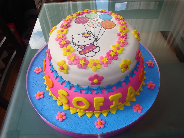 Kitty Decoracion De Tortas ~ Torta de Hello Kitty  Flickr  Photo Sharing!
