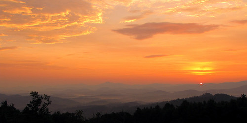 sunset northcarolina blueridgeparkway westernnorthcarolina southernappalachians ccbyncsa canonpowershotsx10is mountjeffersonoverlook