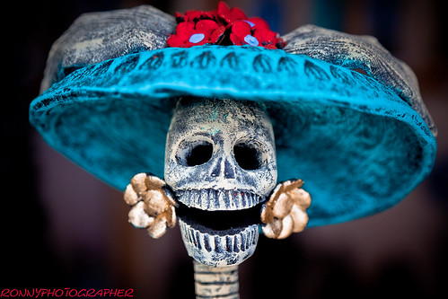 imitation of catrinas-capula-michoacan-mexico by ronnyreportage