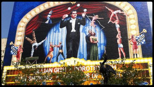 mural springfieldohio regenttheater gussun cinemagraph
