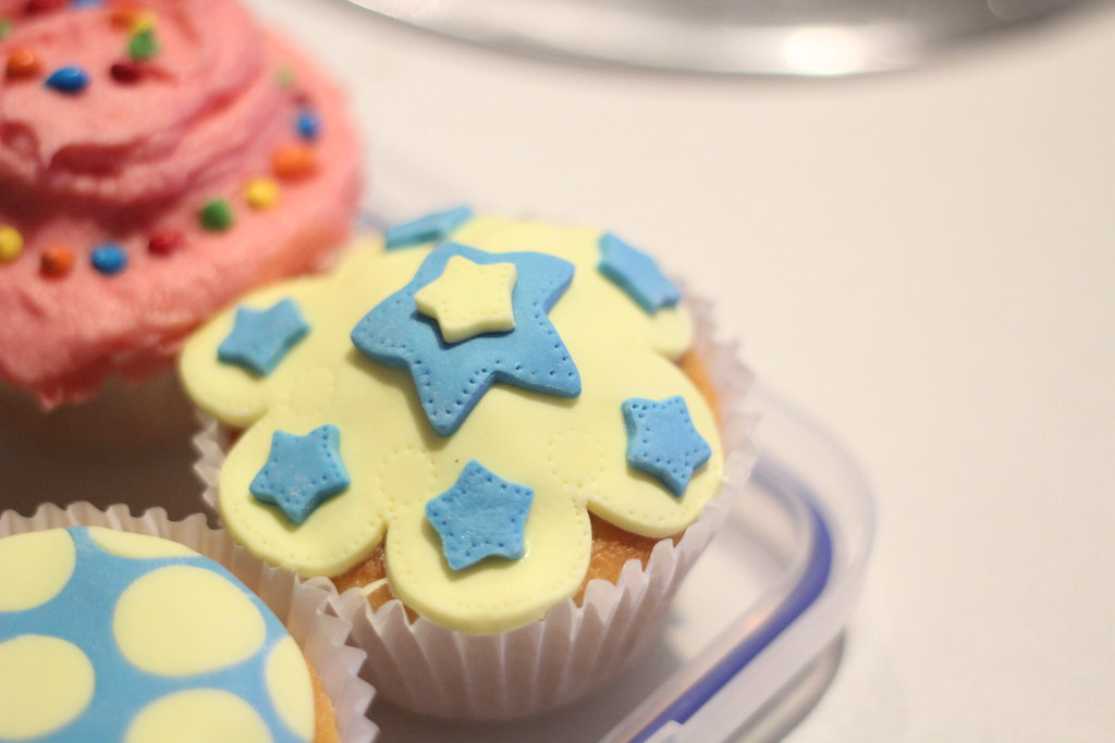 Cupcake Decorating Finding Femme