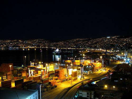 Noche en Valparaíso by Miradas Compartidas