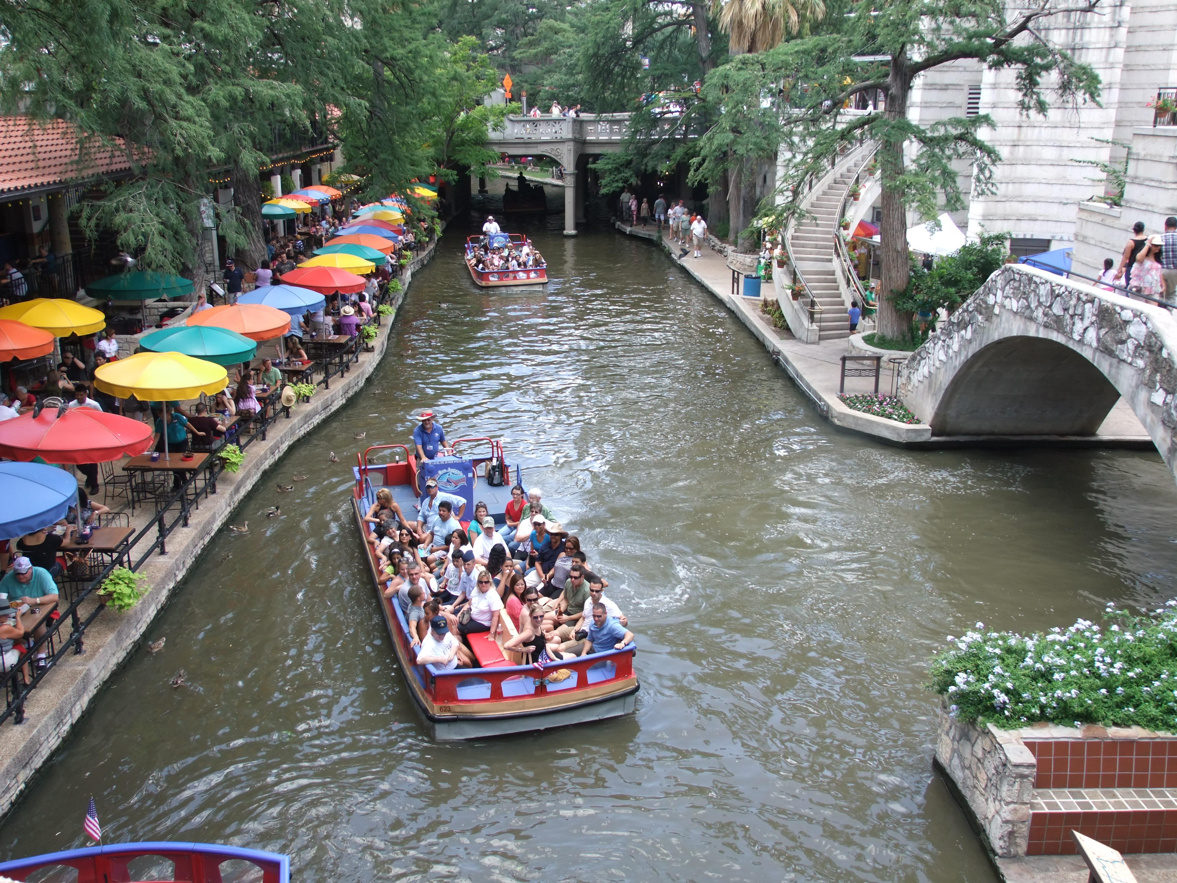The Riverwalk San Antonio Restaurants
