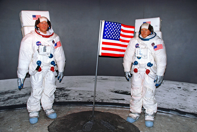 together buzz aldrin and neil armstrong - photo #16