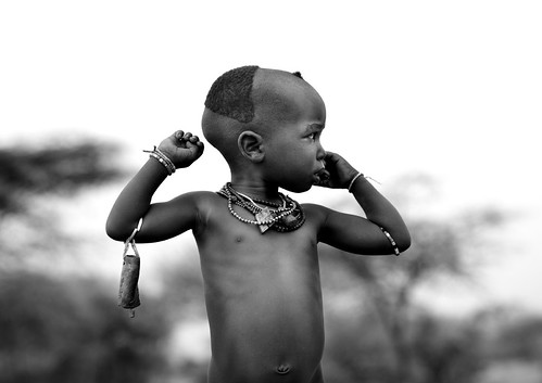 Ring the bell if you are lost - Hamer kid - Omo Ethiopia