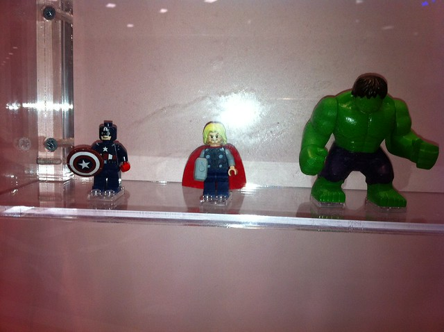 LEGO Marvel Minifigs at SDCC 2011, courtesy of meat1980