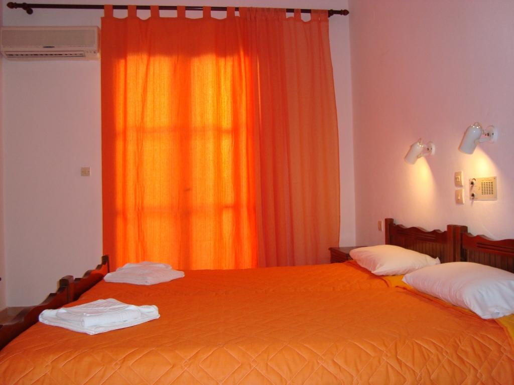 HOTEL ELIDA (Rooms)