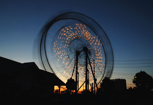 park carnival sunset summer toronto ontario canada blur wheel silhouette festival dark scott lights evening amusement moving twilight nikon long exposure shadows ride sundown ferris canadian spinning rave trippy lollipop tamron atomic jm f28 snider blogto newmindspace d80 1750mm tamronspaf1750mmf28 flickrgolfclub blasc sniderscion clanflickr TGAM:photodesk=summer