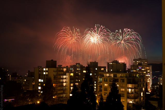 213/365 Fireworks Over English Bay #mostly365