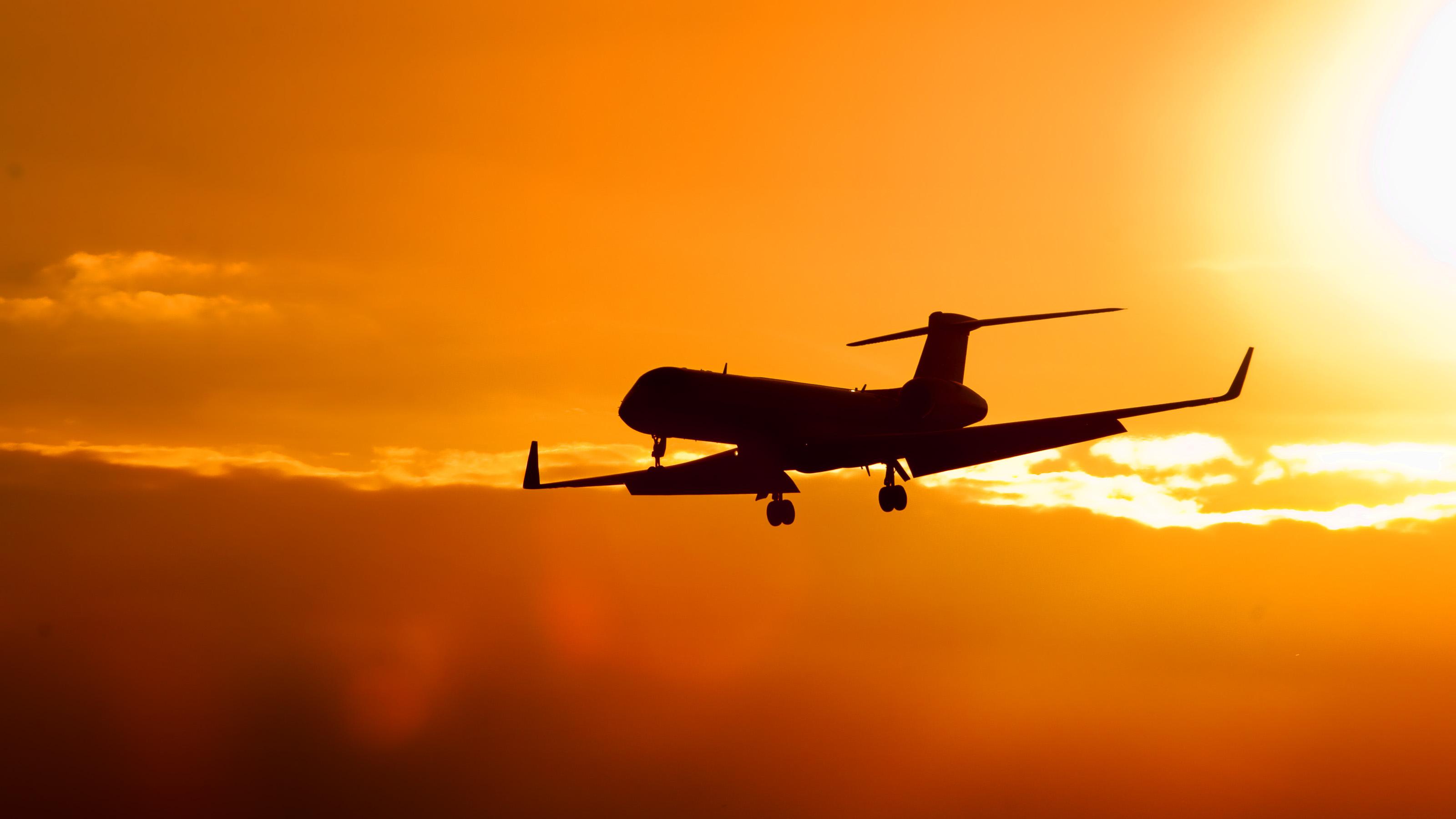 飞机 -  Flickr:野蛮人 - 在GO上进行绿色的5个提示