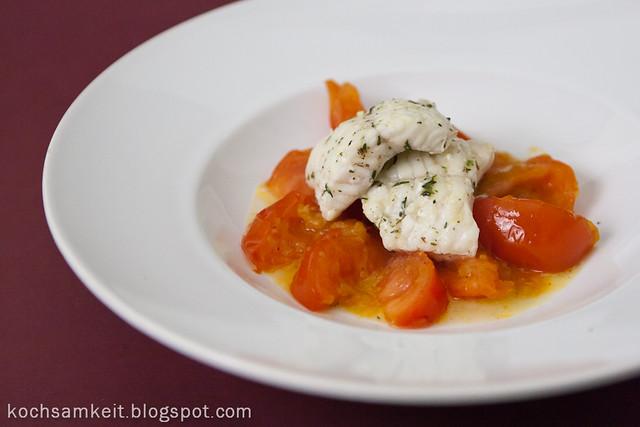 kochsamkeit fisch mit geschmorten safran orangen tomaten. Black Bedroom Furniture Sets. Home Design Ideas