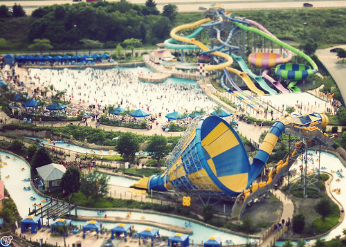 Six Flags Hurricane Harbor, tiltshifted