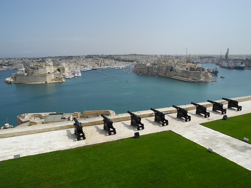 Grand Harbour and Salute Battery