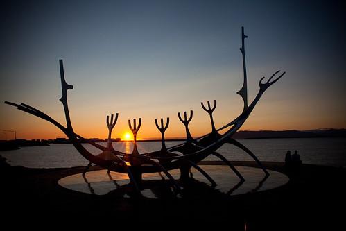 Andiamo in Islanda a vedere il sole di mezzanotte