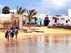 Arriving at Caleta del Sebo, La Graciosa
