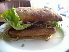 fish(0.0), produce(0.0), sandwich(1.0), meal(1.0), breakfast(1.0), ciabatta(1.0), meat(1.0), bã¡nh mã¬(1.0), food(1.0), dish(1.0), cuisine(1.0),