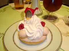Ladurée – Saint-Honoré Rose Framboise