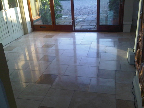 Travertine floor restoration by www.floor-restoration.com