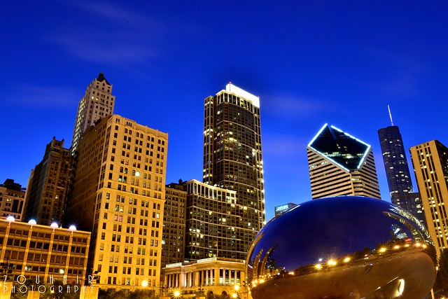 Millennium Park at night by flickr user moroccanprince