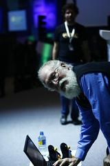 "Momento Movistar: Jon ""Maddog"" Hall: free software and the creations of jobs"