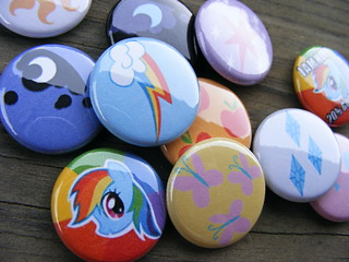 "My Little Pony: Friendship is Magic - 1"" Pinback Buttons"