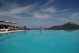 infinity pool, Dionysos, May 2008