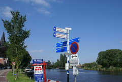 Bewegwijzering langs de Amstel