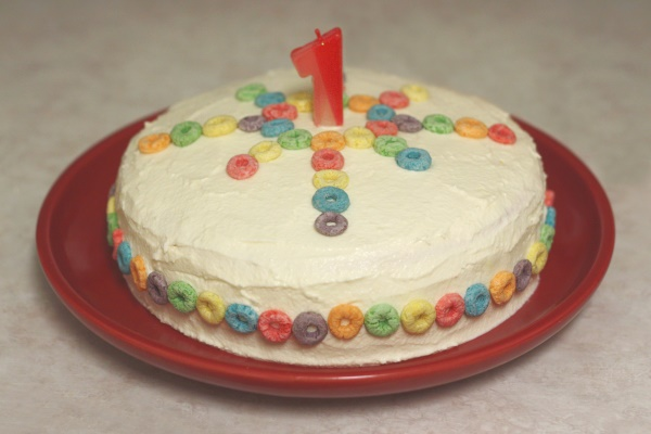 Cake With Fruit Loops : Rainbow Cake - pmthreads