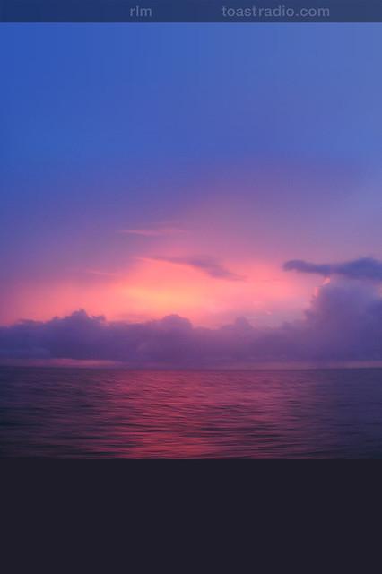 iphone ocean sunset flickr   photo sharing