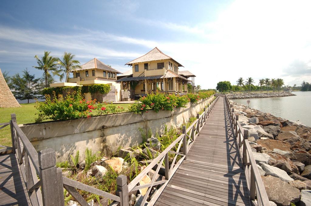 Luak Bay, Miri, Sarawak
