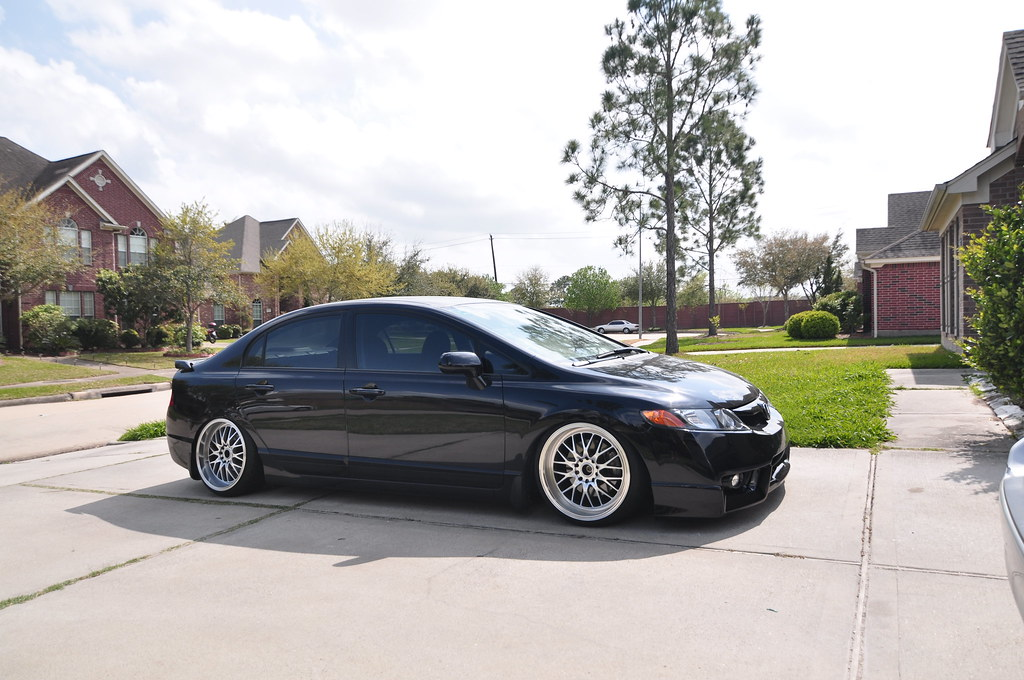 pics of whips slammed on 18s page 3 8th generation honda civic forum. Black Bedroom Furniture Sets. Home Design Ideas