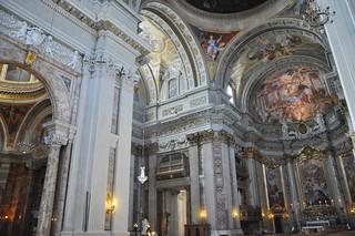http://hojeconhecemos.blogspot.com/2011/07/do-igreja-de-s-inacio-de-loyola-roma.html