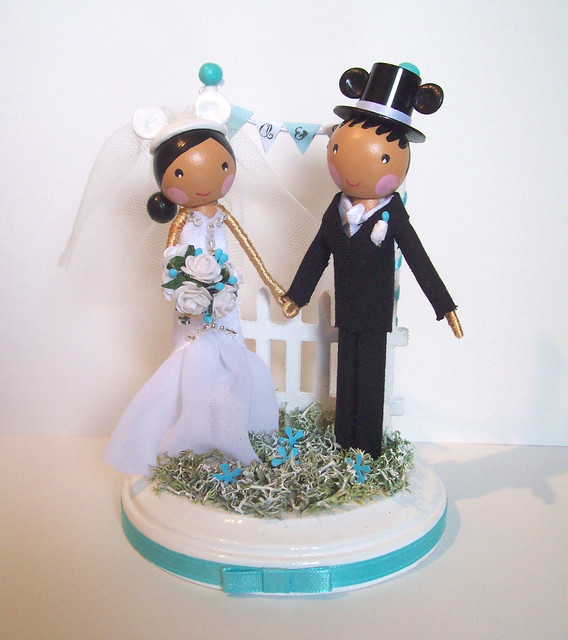 Cake Topper Disney Wedding : Disney winter wedding cake topper Flickr - Photo Sharing!