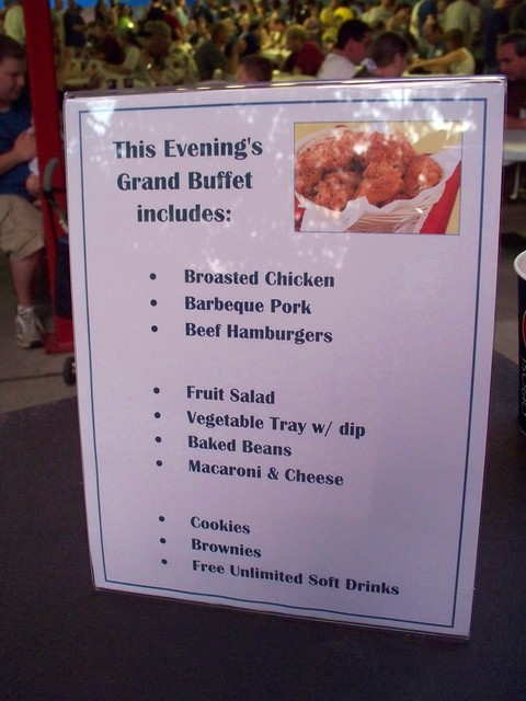 Holiday World - Holiwood Night's Grand Buffet